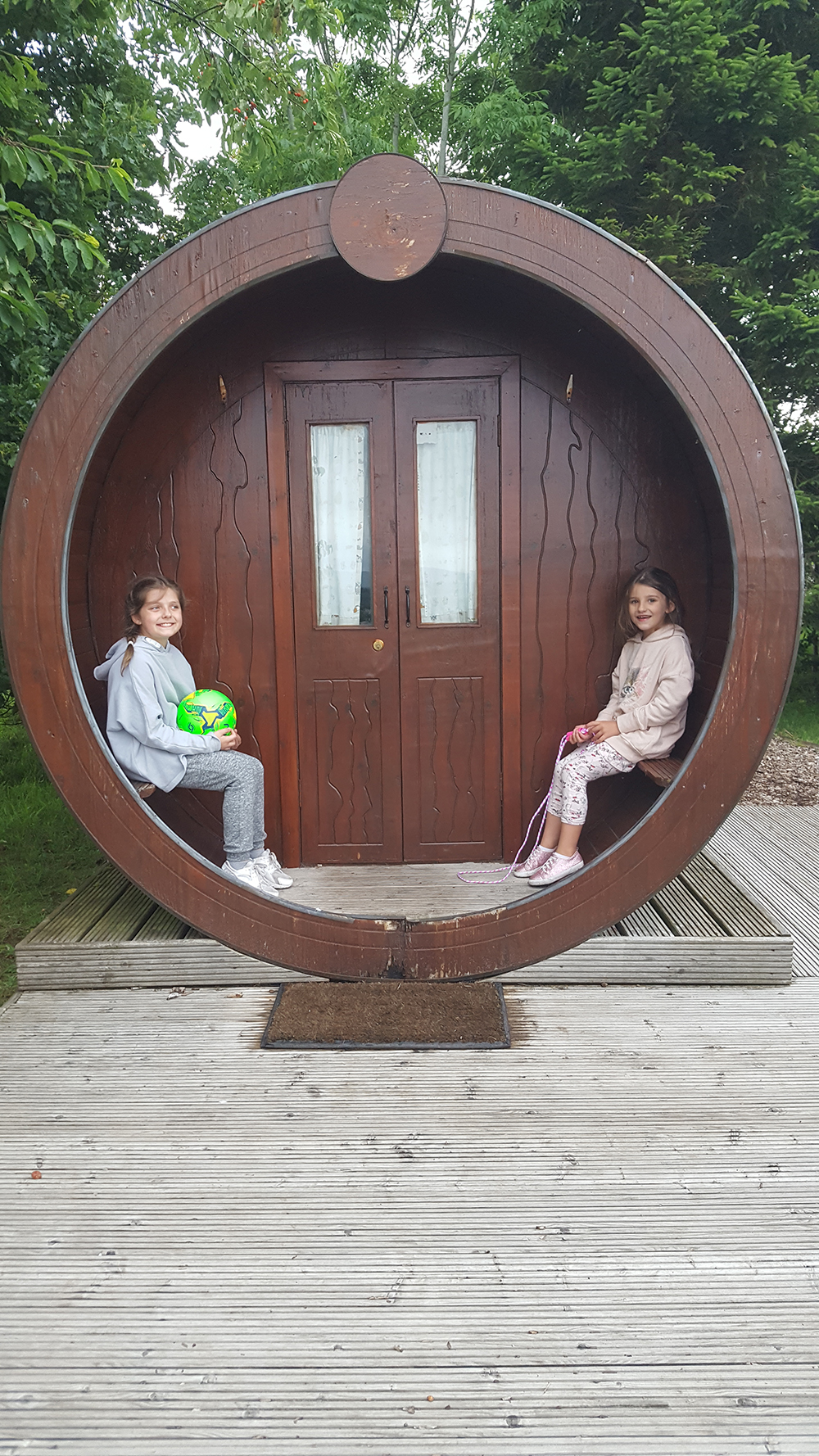 'Discovered a real Hobbit Hut dad' - It's a Microlodge!